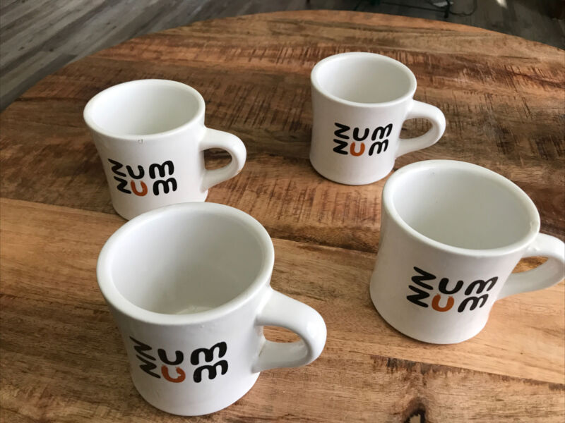 4 VINTAGE sterling china ZUM ZUM  Restaurant Ware Coffee Mugs 1960s-1980s.