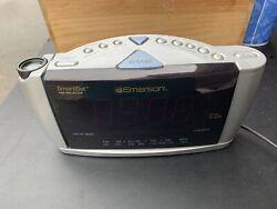 Emerson Smart Set Time Projector Radio Alarm Clock Model CKS3516