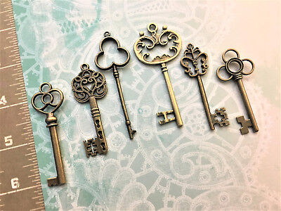 Bulk Antique Keys Old Keys Vintage Keys Skeleton Keys Door Gate Church Keys NQ4 (Bulk Vintage Keys)
