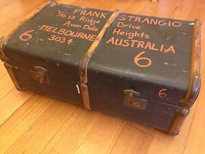 Classic Antique Suitcase Blackburn Whitehorse Area Preview