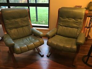 RETRO MID CENTURY STYLE DANISH DELUXE PAIR OF ARMCHAIRS Cleveland Redland Area Preview