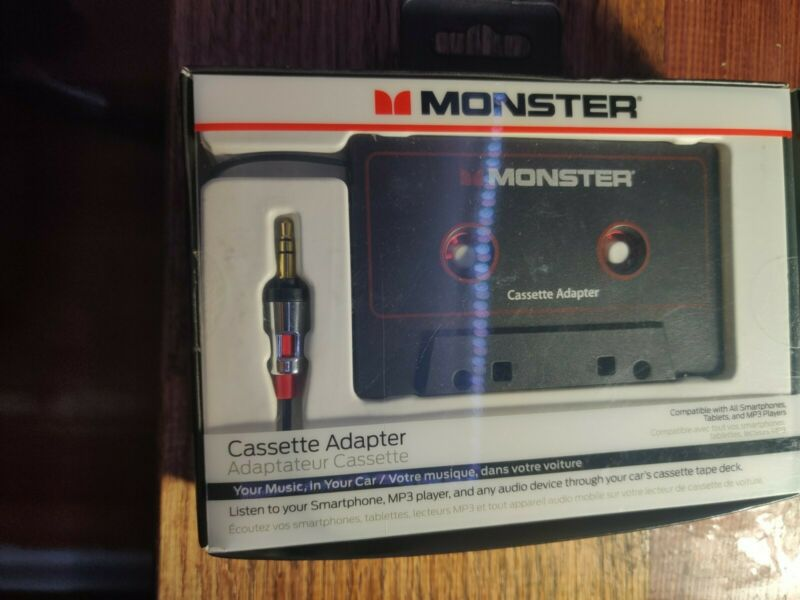 ✨New✨Monster iCarPlay 800 Cassette Adapter - iPod, iPhone, Android -(box damage)