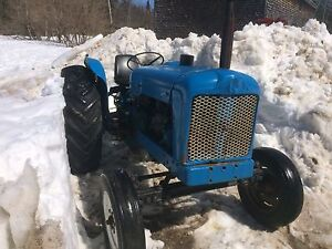 For sale Fordson Major tractor $2500.00 OBO