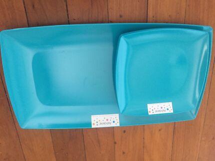 Ashdene melamine platter and 4 plates brand new