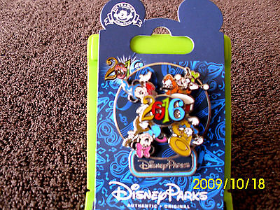 Disney Parks * DATED 2016 - MICKEY & FRIENDS - Spinner * New on Card Trading Pin