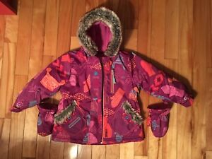 Girls snowsuit 24 months/Habit de neige