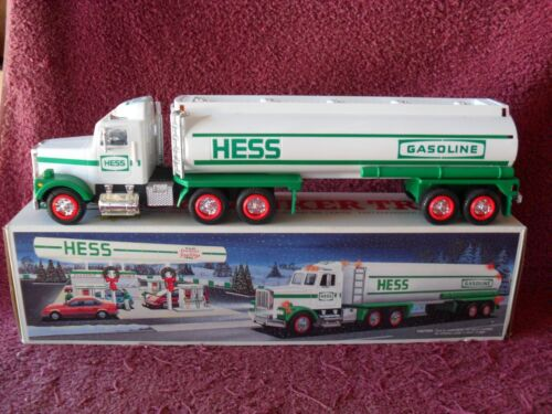 """1990 Issue HESS """"WHITE"""" TOY TANKER TRUCK"""