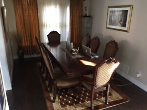 9-Piece Dining Room Table Set