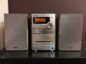 New Condition Sony Desktop Stereo System