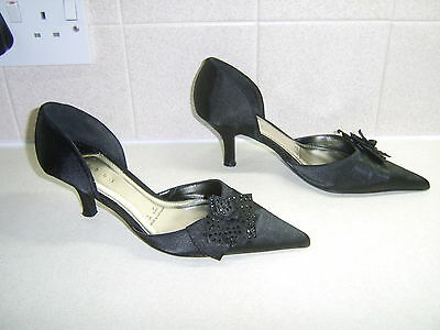 Debut At Debenhams, Ladies Satin Shoes, Size uk 5