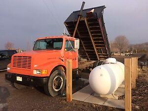 7500$ dump truck 1990 MINT international