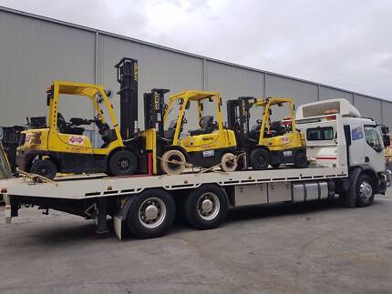 CHEAP 24 HR TOWING/TOW TRUCK AND HEAVY MACHINERY TRANSPORT