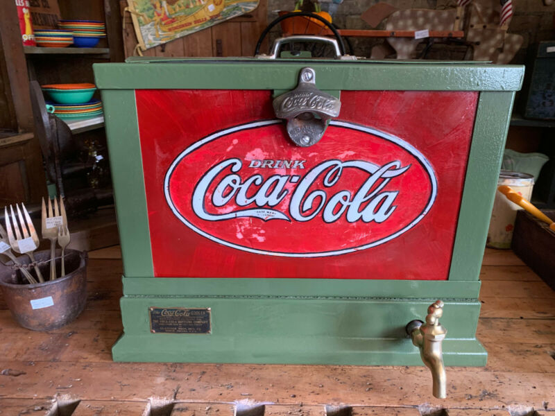 1930 Coca Cola counter top cooler
