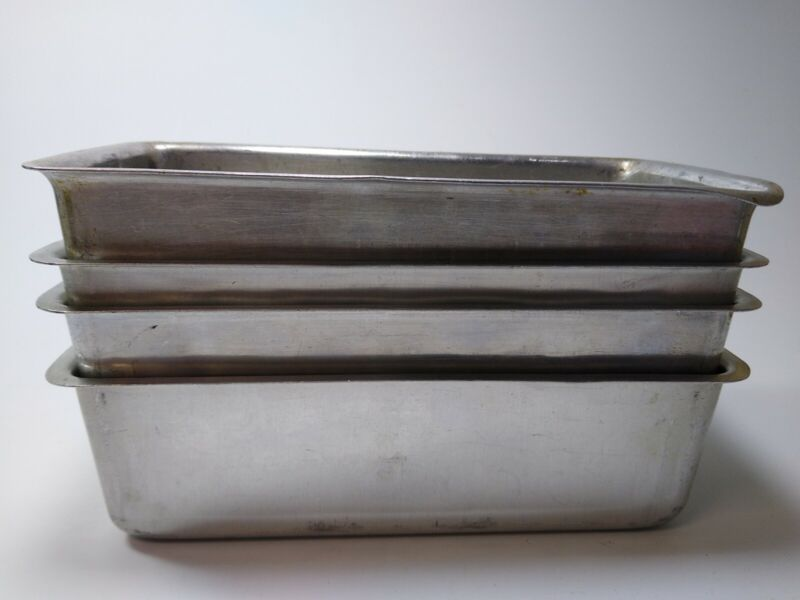 "4 Vtg Mirro Aluminum Small Loaf Pans Flat Edge 7 5/8 x 3 5/8 x 2 1/4"" USA 5028M"