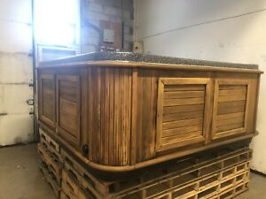 Fully refurbished 8ft Arctic Spa kodiak hot tub