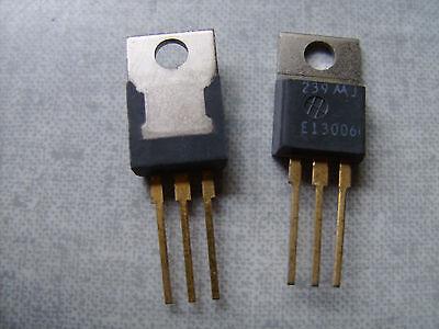 2 Count Mje13006 Npn Transistor 8 Amp 300 Volt 80 Watt Motorola