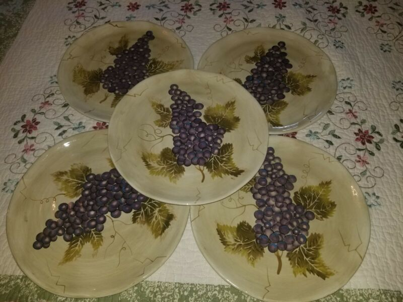 5 Cabernet by Tabletops Unlimited Dinner Plates Purple Grapes Scalloped Rippled