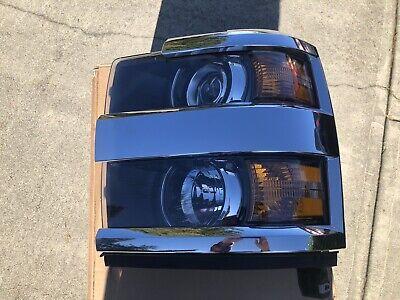 2015-2019 Chevy Silverado 3500 LTZ Headlight Assembly Drivers Side. Chrome Trim.