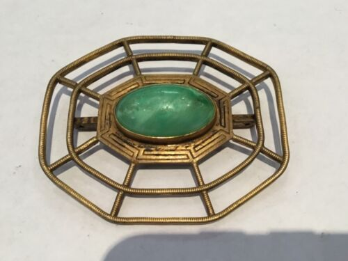 ANTIQUE INCREADABLE ETCHED GOLD TONE & JADE LARGE SPIDER WEB BROOCH CLIP NO RES