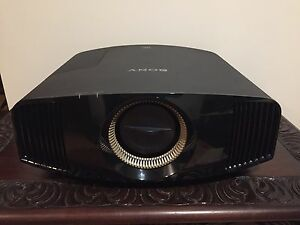 Sony VPL-VW320es 3D 4K Projector BRAND NEW! RRP: $10995 Marburg Ipswich City Preview