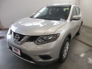 2015 Nissan Rogue S- AWD! BACKUP CAM! ONLY 69K!
