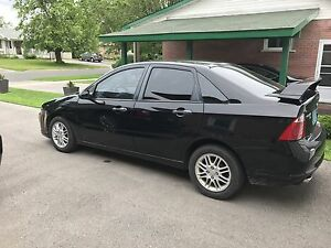 2007 Ford Focus se WITH LOW KM