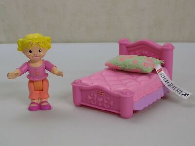 K5321 Sister Bed Room My First Dollhouse Set Fisher Price People Furniture Lot