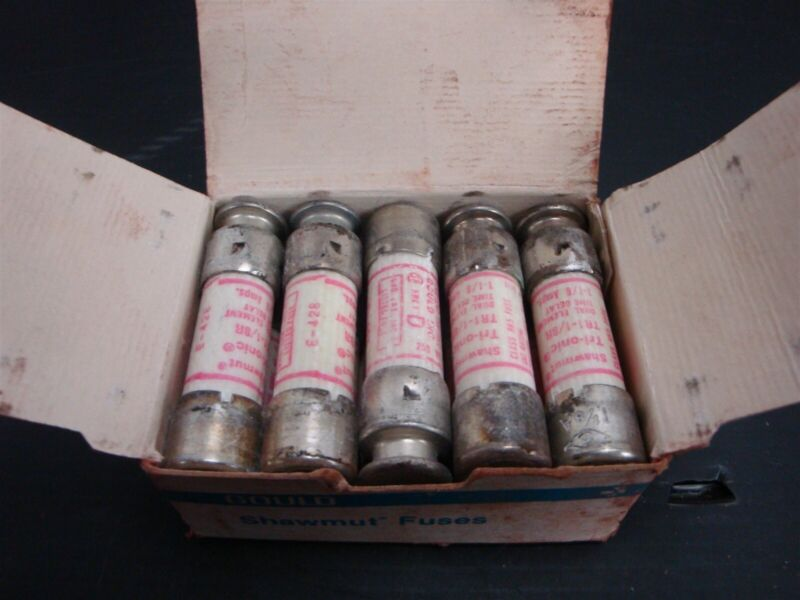 Ferraz Shawmut (BOX of 10) TR1-1/8R , TR11/8R Time Delay Fuses 1 Amp, 250 Volts