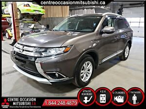 Mitsubishi Outlander SE 4X4 V6 + HITCH