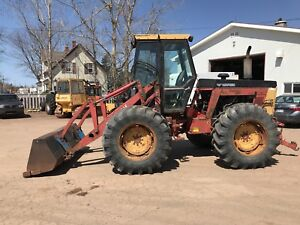 256 ford versatile with loader