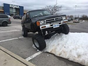 1988 Toyota 4Runner solid axel!