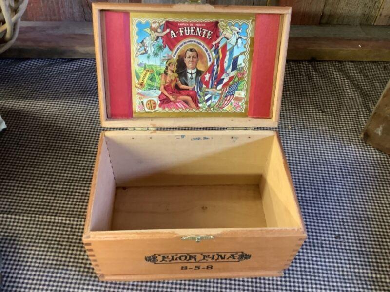 A Fuente Flor Fina Cigar Box Dominican Republic