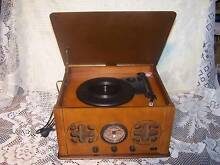 VINTAGE STYLE RECORD PLAYER RADIO WOODEN CABINET SPEAKERS Casino Richmond Valley Preview