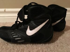 Youth Nike wrestling shoes