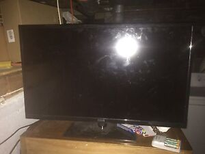 """RCA 32"""" tv for sale"""