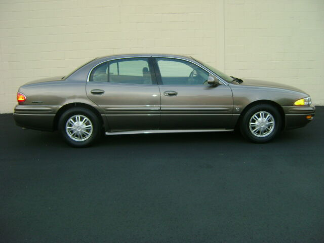 2002 BUICK LeSABRE 1OWN 29K MILES NO ACCIDENT NON SMOKER PARK AVE NO RESERVE
