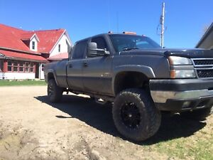 LOWERED PRICE. Chevy Silverado 2500 6.6L Duramax