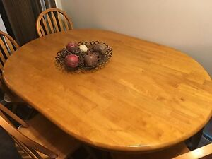 Dining table 4 CHAIRS INCLUDED! Strathcona County Edmonton Area image 2
