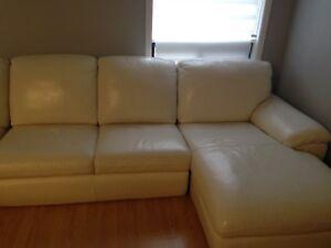 Sofa sectionnel en vrai cuir