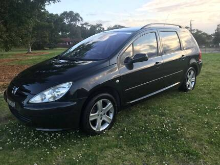 2003 Peugeot 307  Wagon Automatic Unanderra Wollongong Area Preview