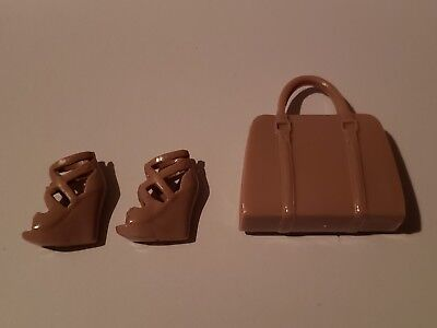 Barbie Doll Purse (Barbie doll  TAN HIGH HEEL SHOES WITH MATCHING PURSE FITS CURVY DOLLS)