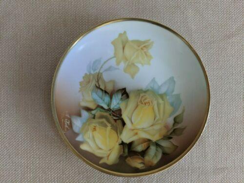 """Antique Thomas Sevres Bavaria """"La Reine"""" Porcelain Plate Hand painted Signed"""
