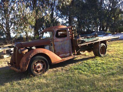1937 Diamond T truck