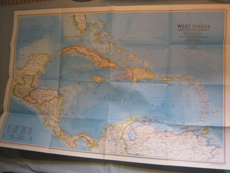 WEST INDIES CENTRAL AMERICA CARIBBEAN ISLANDS MAP National Geographic 1981 MINT