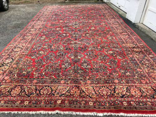Antique  Persian Sarouk  Rug 10