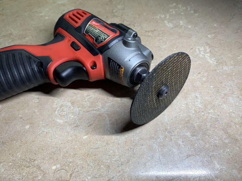 Cutting wheel adapter for Milwaukee M12 polisher / sander
