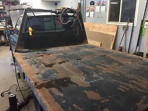 Solid metal deck to fit 1/4 ton truck