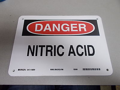 New Brady 22329 Danger Nitric Acid Safety Sign Free Shipping