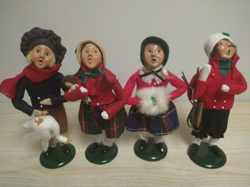 Byers Choice Carolers Children Lot Of 4 1989-1995
