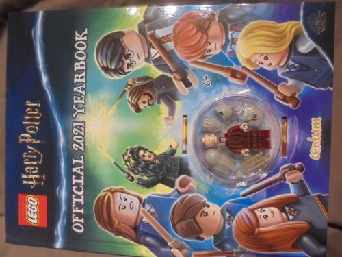 LEGO+Harry+Potter+Official+2021+Yearbook+-+with+Dumbledore+Minifigure